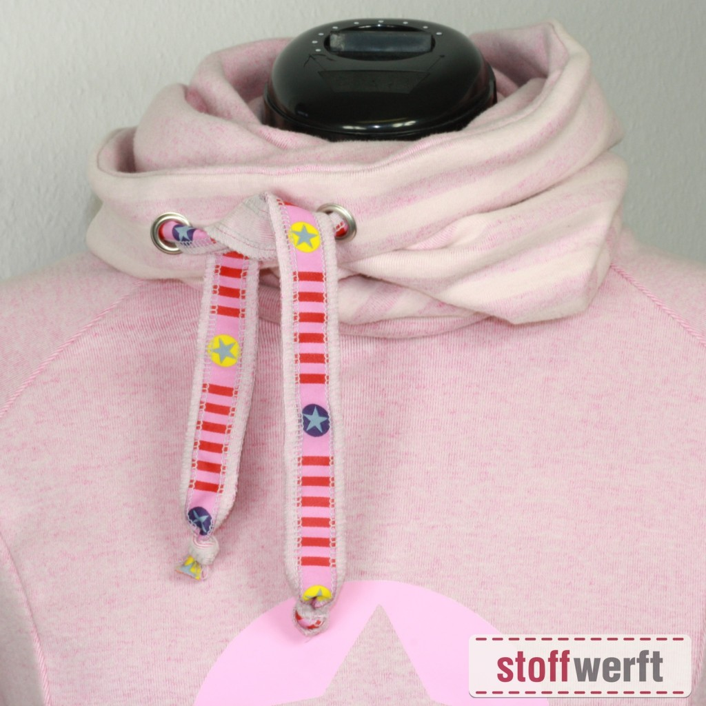 Schnittmuster Lady Comet mit Stoff Reiko rosa